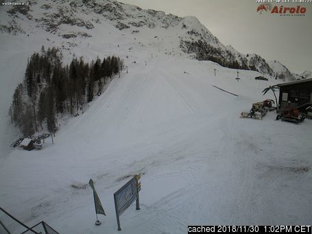 Airolo webcam at lunchtime today