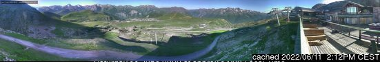 Alpe d'Huez webcam op lunchtijd vandaag