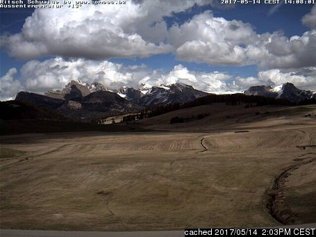 Alpe di Siusi webcam at lunchtime today