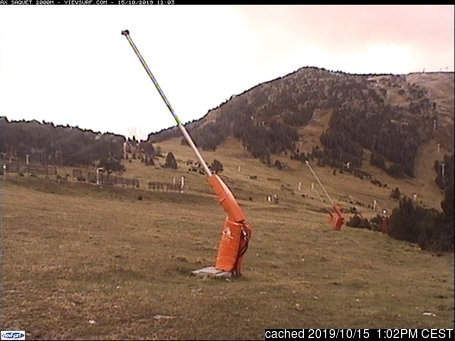 Ax 3 Domaines webcam at 2pm yesterday
