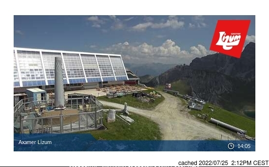 Axamer Lizum webcam at lunchtime today