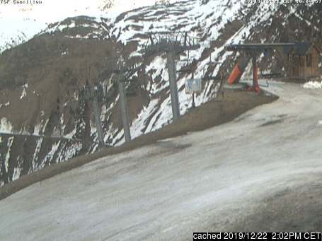 Bareges & La Mongie webcam at 2pm yesterday