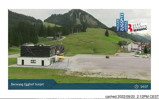 Berwang-Bichlbach-Rinnen webcam at 2pm yesterday