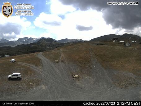 Brusson webcam at lunchtime today