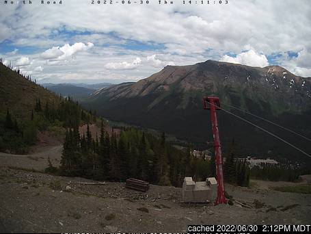 Webcam de Castle Mountain Resort a las 2 de la tarde hoy