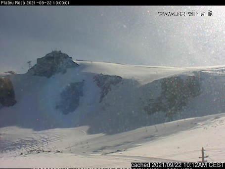Breuil-Cervinia Valtournenche webcam all'ora di pranzo di oggi