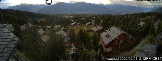Crans Montana webcam at 2pm yesterday
