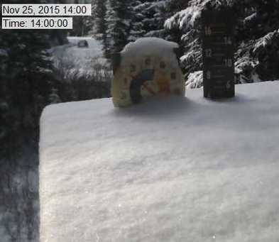 Discovery Ski Area webcam at lunchtime today