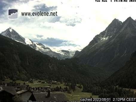 Evolène webcam at 2pm yesterday