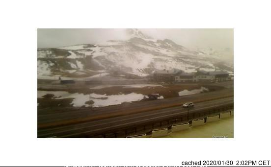 Fuentes de Invierno webcam at lunchtime today