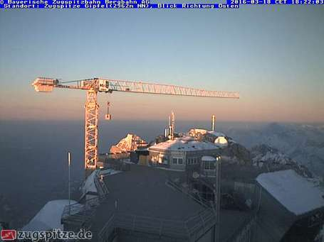 Κάμερα σε Garmisch-Partenkirchen-Zugspitze σήμερα το μεσημέρι