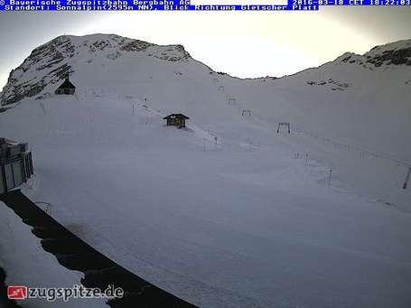 Garmisch-Partenkirchen-Zugspitze webcam om 2uur s'middags vandaag