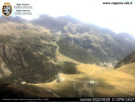Gressoney-la-Trinite webcam at lunchtime today