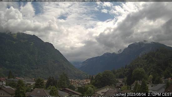 Bugün akşam yemeğinde Interlaken'deki webcam
