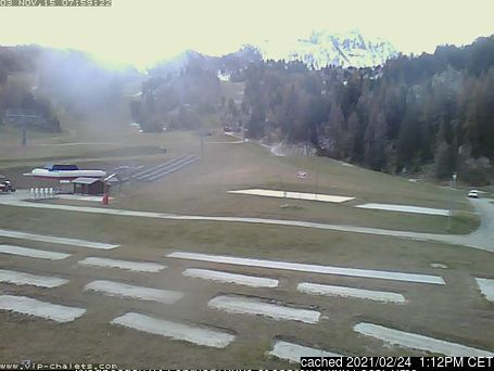 La Plagne webcam at lunchtime today