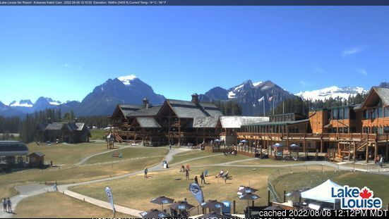 Lake Louise webcam at lunchtime today