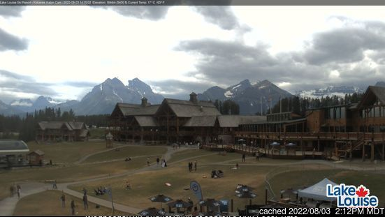 Lake Louise webcam at 2pm yesterday