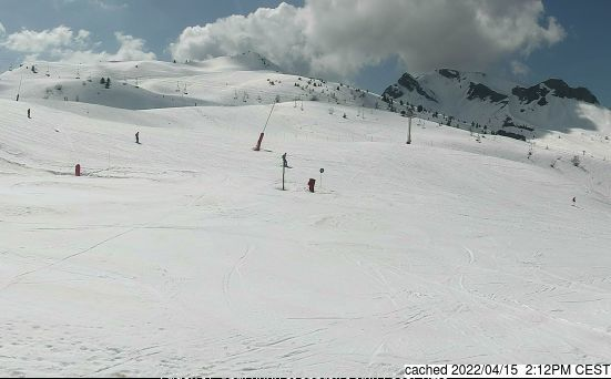 Le Grand Bornand webcam at 2pm yesterday