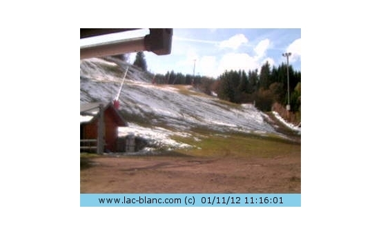 Le Lac Blanc webcam at 2pm yesterday