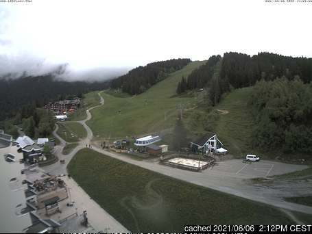 Les 7 Laux webcam at 2pm yesterday