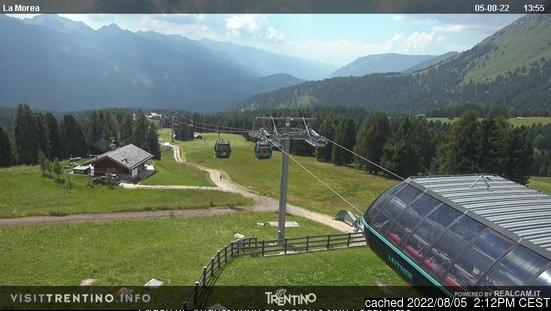 Moena webcam at lunchtime today