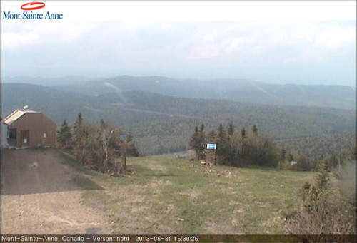 Mont Sainte-Anne webcam at lunchtime today