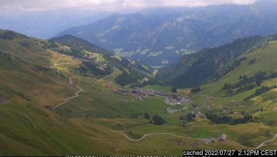 Morzine webcam at lunchtime today