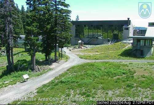 Mt Hood Meadows webcam at lunchtime today