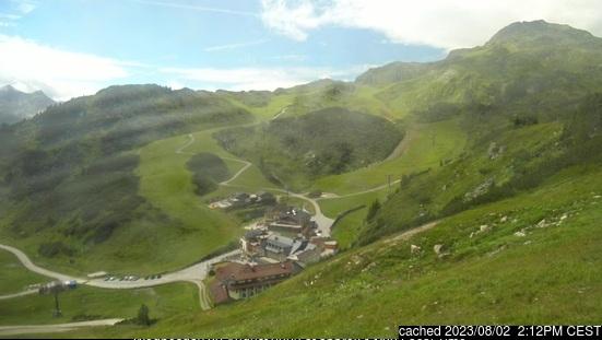 Obertauern webcam at 2pm yesterday