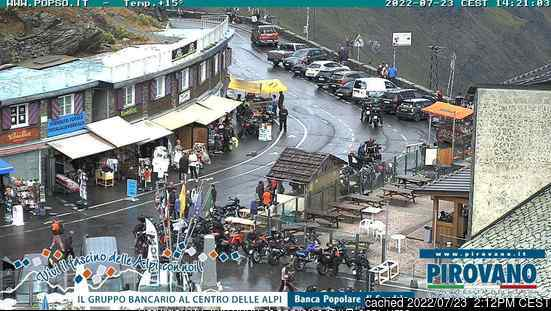 Passo Dello Stelvio Stilfserjoch webcam at 2pm yesterday