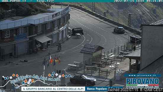 Passo Dello Stelvio Stilfserjochの雪を表すウェブカメラのライブ映像