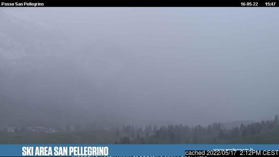 昨日午後2時のPasso San Pellegrinoウェブカメラ
