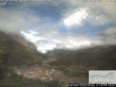 Picos De Europa webcam at lunchtime today