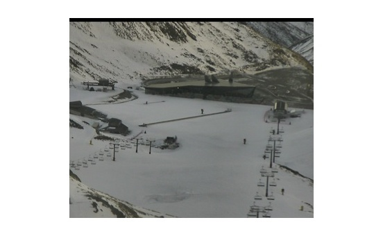 Remarkables webcam at lunchtime today