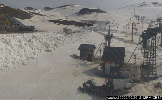 Saint Lary Soulan webcam at lunchtime today