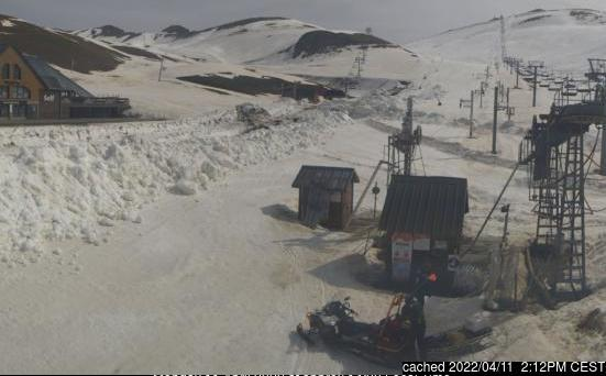 Saint Lary Soulan webcam at 2pm yesterday
