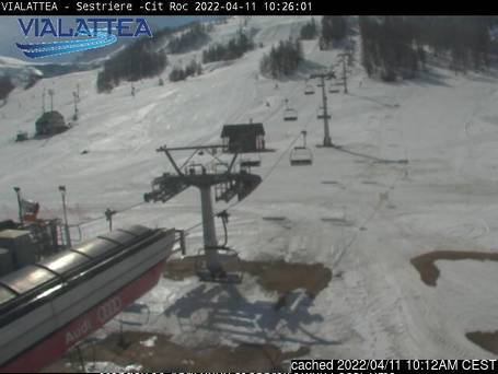 Sauze d'Oulx (Via Lattea) webcam at lunchtime today