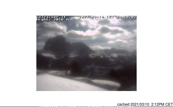 Val Gardena webcam at 2pm yesterday