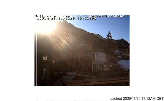 Valfrejus webcam at lunchtime today