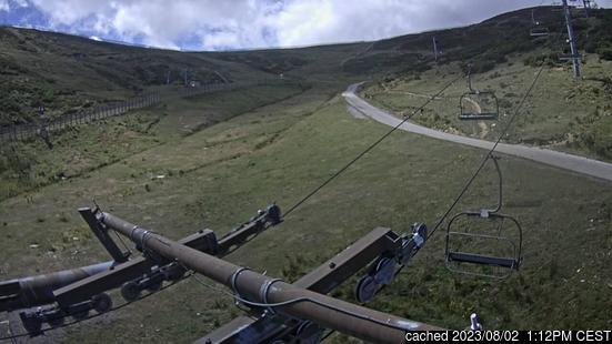 Valgrande-Pajaresの雪を表すウェブカメラのライブ映像