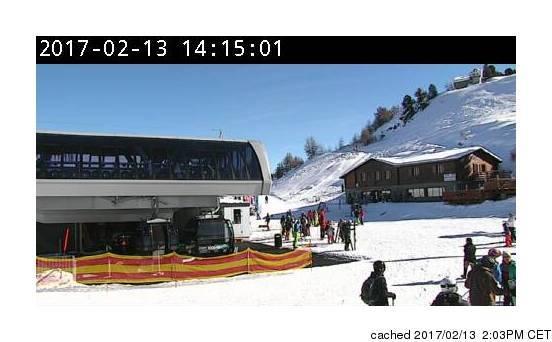 Veysonnaz-Printse webcam at 2pm yesterday