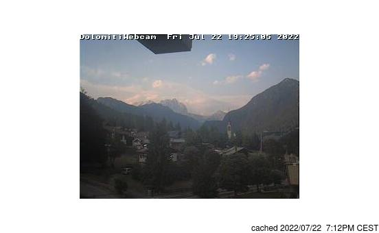 Vigo di Fassaの雪を表すウェブカメラのライブ映像